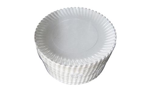 Групповая упаковка пластиковых тарелок